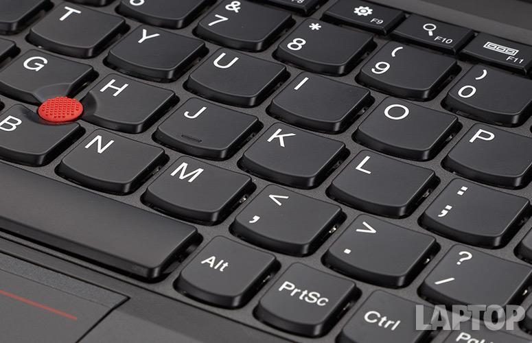 danh-gia-IBM-Lenovo-ThinkPad-X240-anh4
